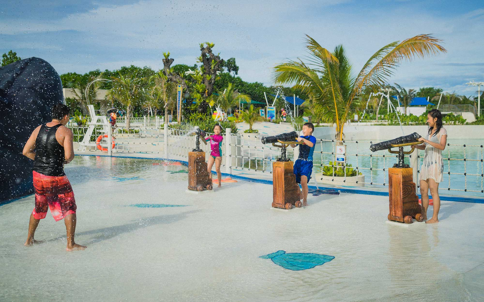 palawan-waterpark_water-canons